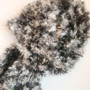 NWT Fuzzy Black and White Scarf
